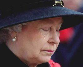 Елизавета, плачет, королева,