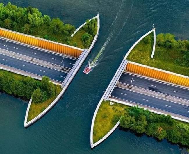 Нидерланды, Велювемер, акведук,