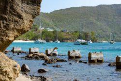 Жителям карибского острова Сент-Винсент приказано эвакуироваться