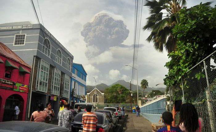 Сент-Винсент, вулкан, эвакуация,