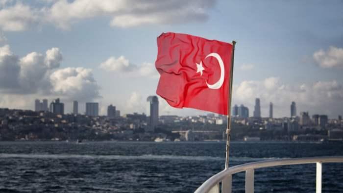 Турция, адмиралы, конвенция Монтрё,