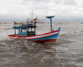 женщина, роды, лодка,