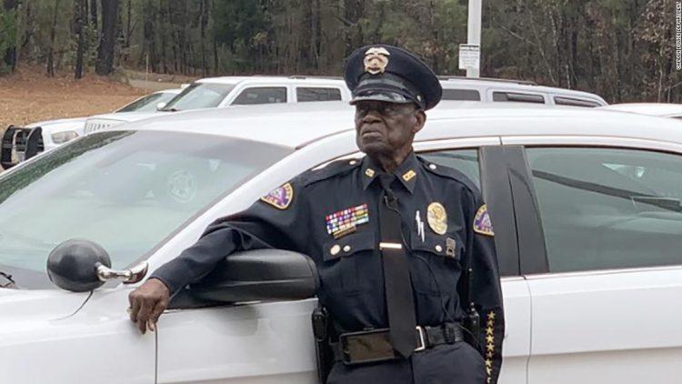 полицейский, пенсионер, США,