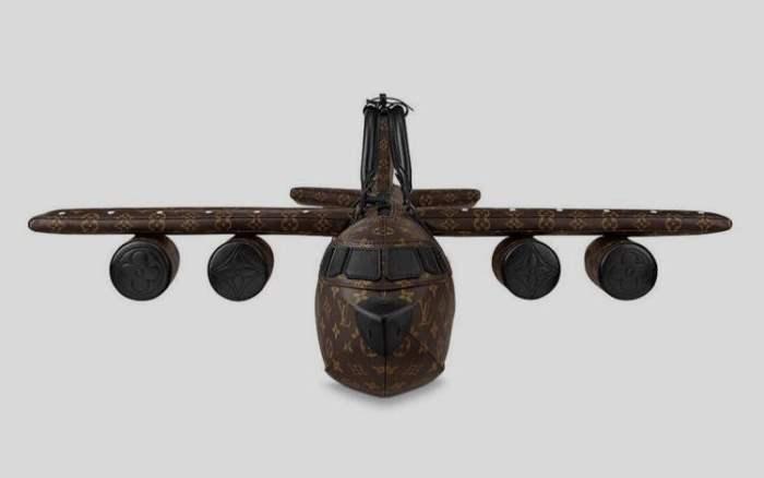 Louis Vuitton, сумочка, самолет,