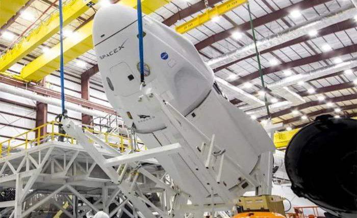 SpaceX, Crew Dragon,