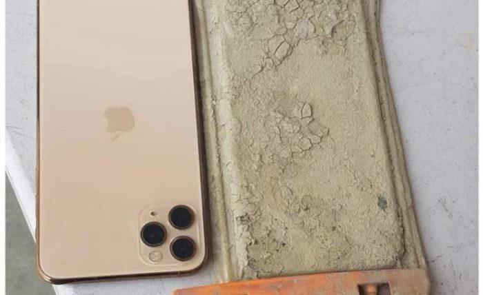 iPhone 11, озеро,
