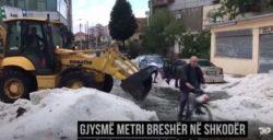Сильный град-шторм поразил Шкодру, Албания