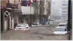 После наводнения Саудовская Аравия стала похожа на одну большую реку!
