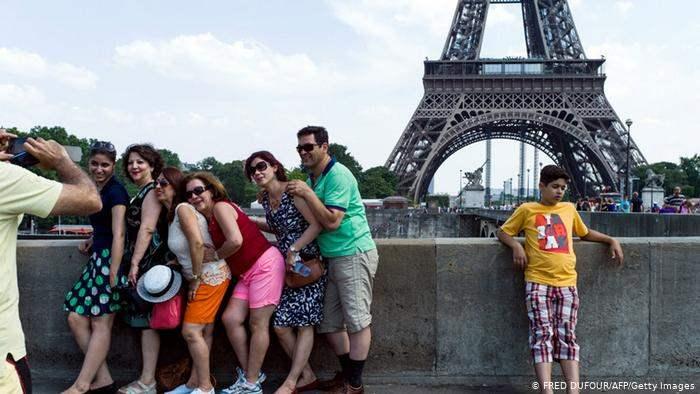 Эйфелева башня, Франция, туристы,