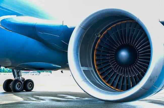 самолет, двигатель, монетки, удача,