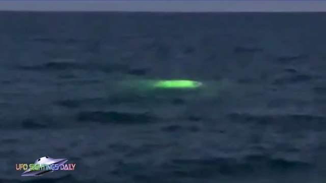 Майами, свечение, под водой, зеленый свет,