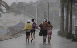 Тропический шторм Долорес оставил без электричества более 54 000 человек в Мексике