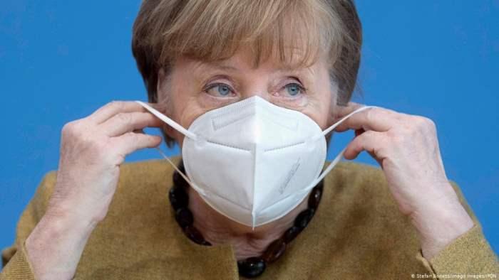 Меркель, Вакцина, COVID-19 AstraZeneca, Moderna,