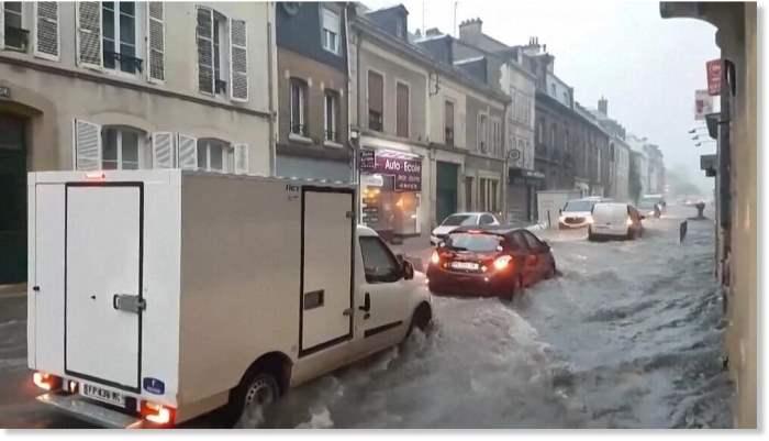 Франция, наводнение,