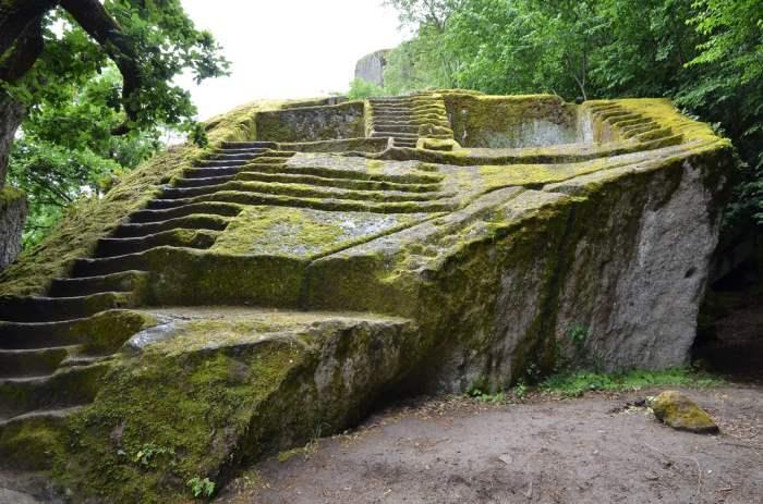 Этрусская пирамида, Италия,