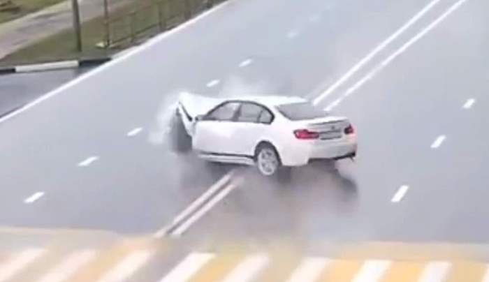 авто, столкновение, авария, невидимая преграда,