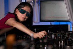 Новаторскую пленку ночного видения можно наносить на обычные очки