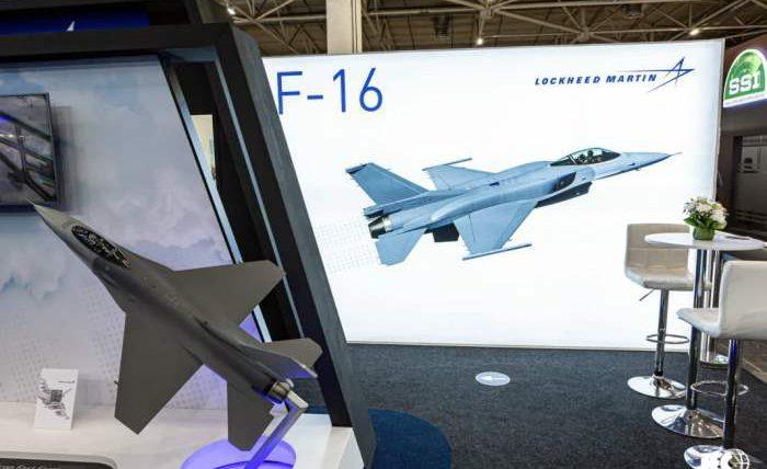 Lockheed Martin, F-16, истребитель,