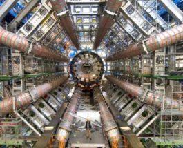 БАК, большой адронный коллайдер,