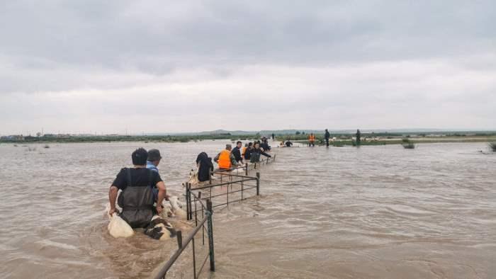Китай, плотины, наводнение, Внутренняя Монголия,