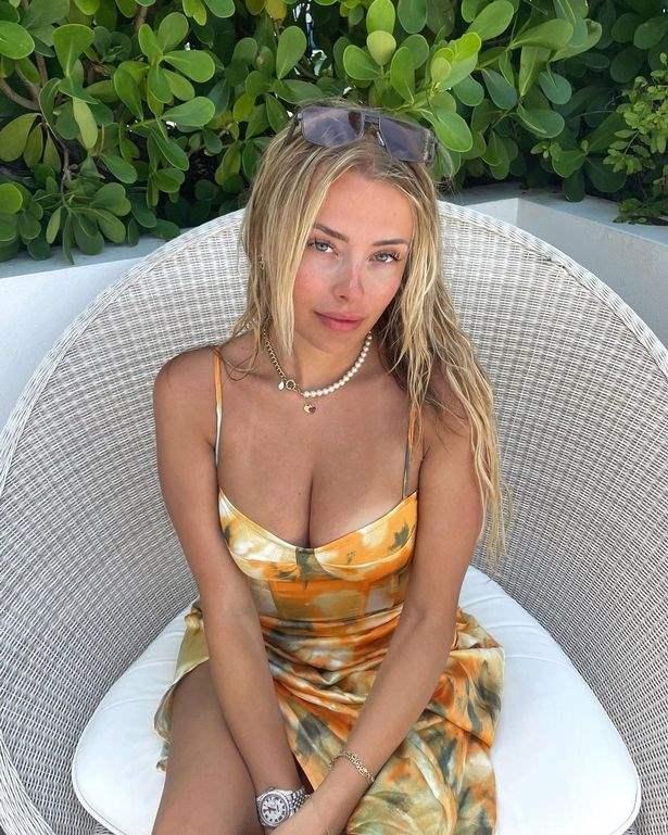 Коринна Копф, блогер,