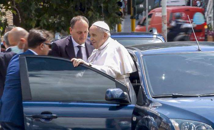 Папа Франциск, больница, операция,