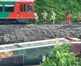 Поезд, Австрия, крушение, река,