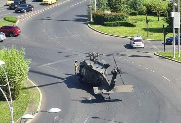 вертолет, США, Бухарест, аварийная посадка,