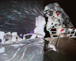 космонавты, Китай, выход в космос,