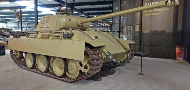 немец, танк, подвал, Пантера,