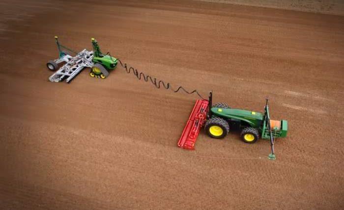 трактор, автономный трактор, фермеры, John Deere,