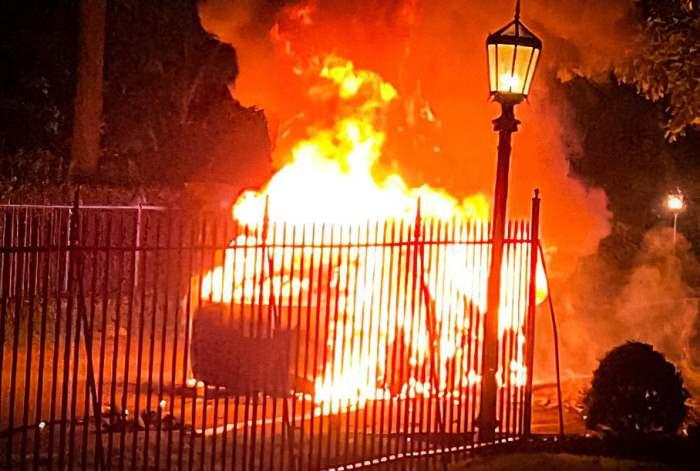 Tesla Model S Plaid, пожар, Тесла,