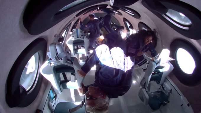 Virgin Galactic, Ричард Брэнсон, космос,