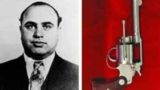 Аль Капоне, пистолет, аукцион, вещи,