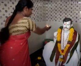 Индия, муж, храм, поклонение, идол,