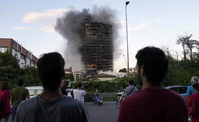 Италия, пожар,