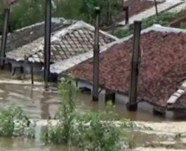 Северная Корея, эвакуация, наводнение,