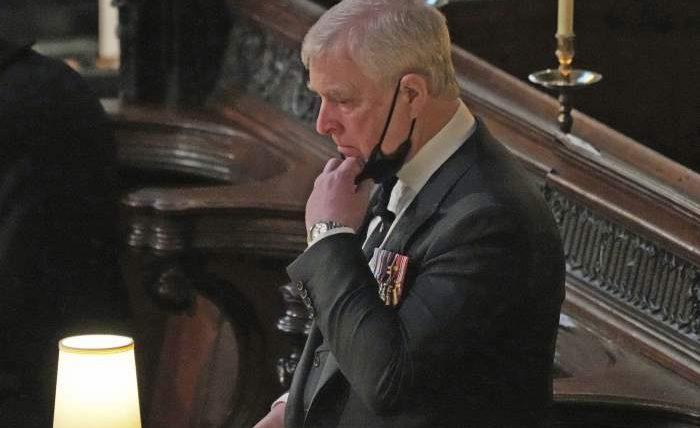 Эндрю, Британский принц, изнасилование несовершеннолетней,
