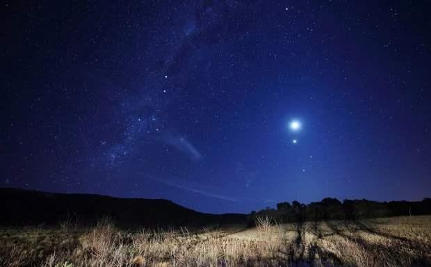 Юпитер, в небе, планета,