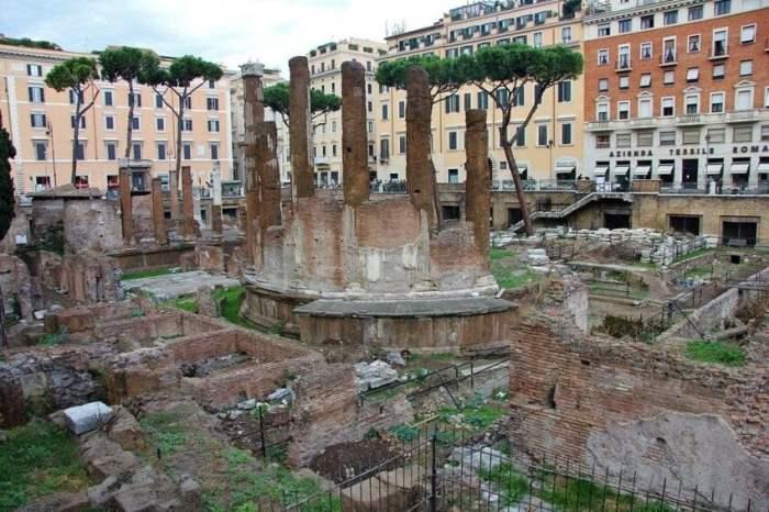 где был убит Юлий Цезарь