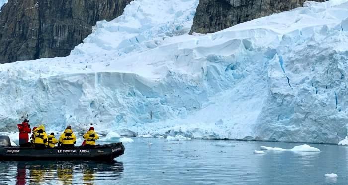 таяние льдов, вирусы,