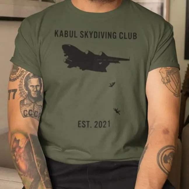 футболка, Афганистан