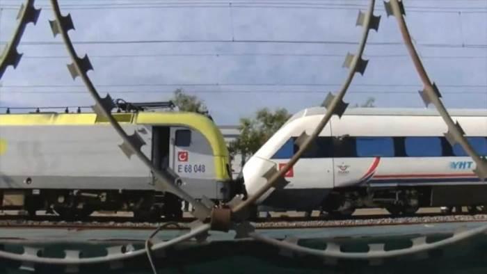 Турция, поезда, столкновение,