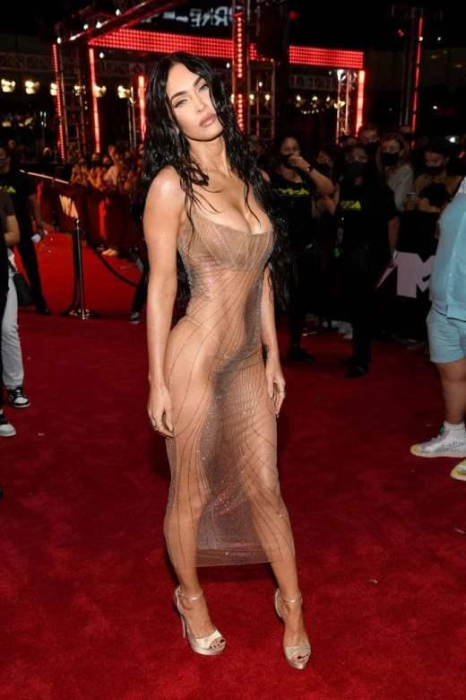 Меган Фокс, прозрачное платье, Machine Gun Kelly,