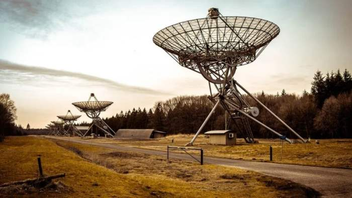 FRB 20180916B, космос, сигнал,