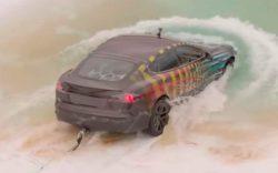 Американец решил на Tesla Model S Plaid проехать под водой — вот что получилось