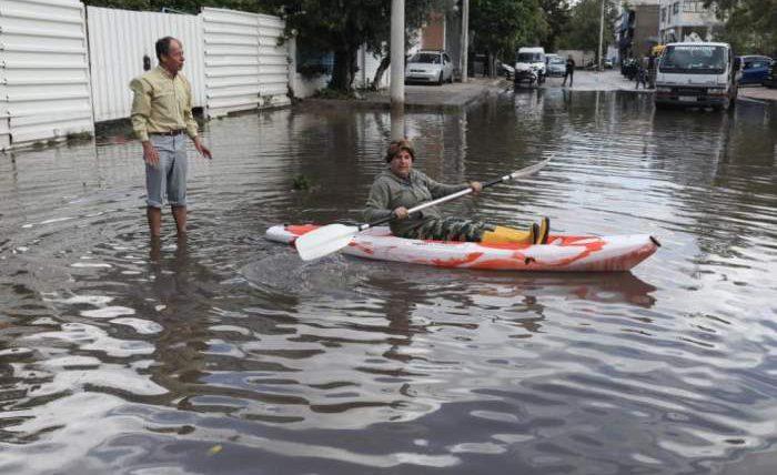 Вкрупнейшем регионе Греции из-за потопа закрыли все госучреждения