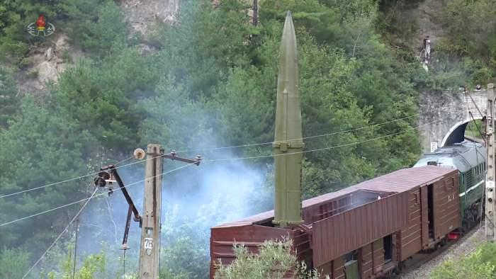 КНДР, Северная Корея, ракетный поезд, КН-23,