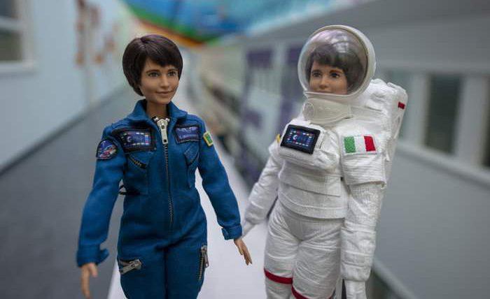 Кукла Барби, космонавт,