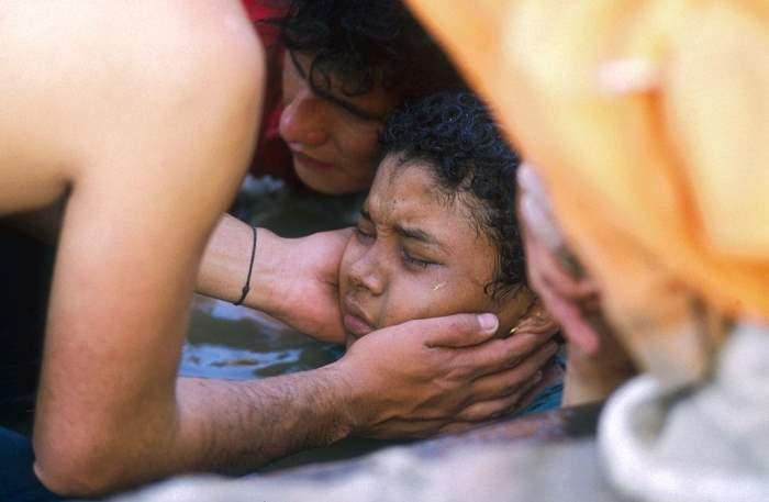 Омайра Санчес, Девочка в грязи, Колумбия,